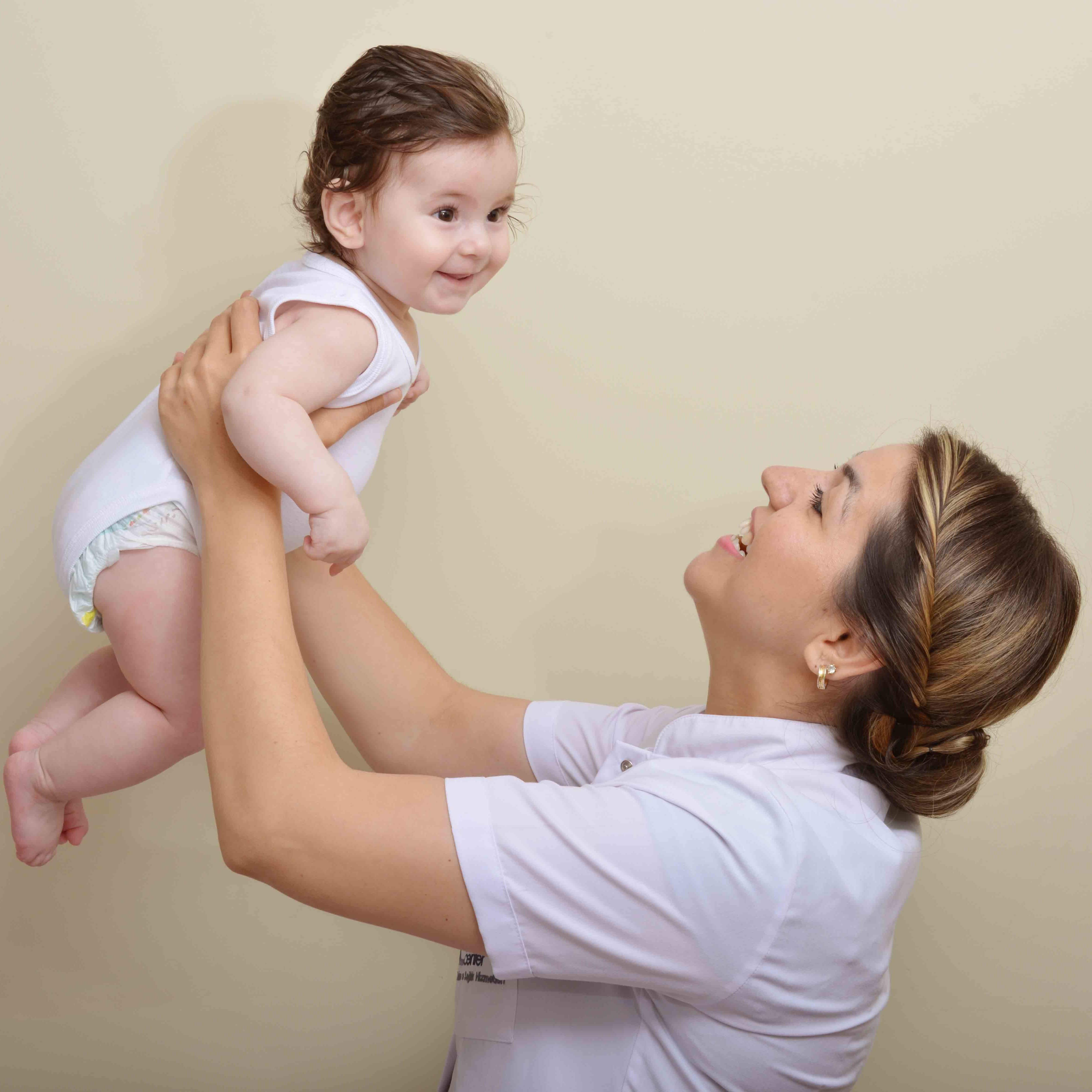 evde bebek hemşireliği resmi 2
